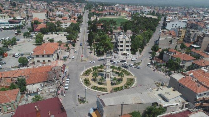 Manisa'ya yapılacak 6 prestij caddesinin sözleşmesi imzalandı