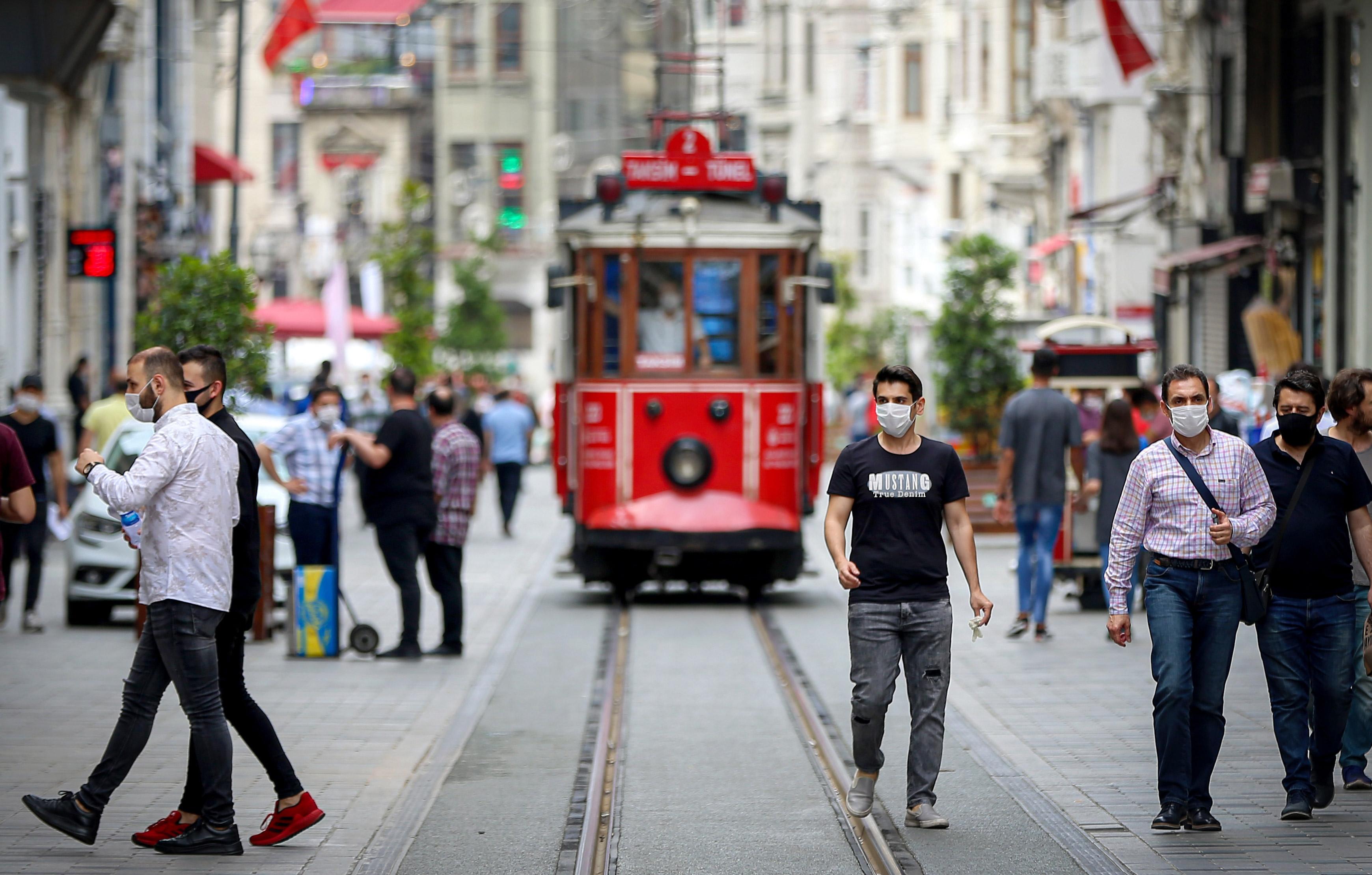 Reuters'a konuşan Türk yetkili açıkladı! Cumhurbaşkanı Erdoğan talimat verdi: Kısıtlamalar bu hafta...