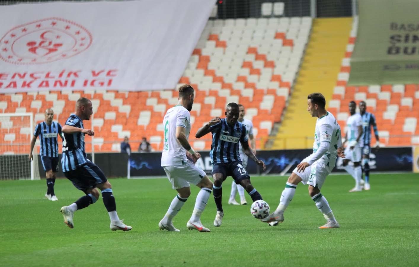 Adana Demirspor, GZT Giresunspor'u ezdi geçti: 3-0