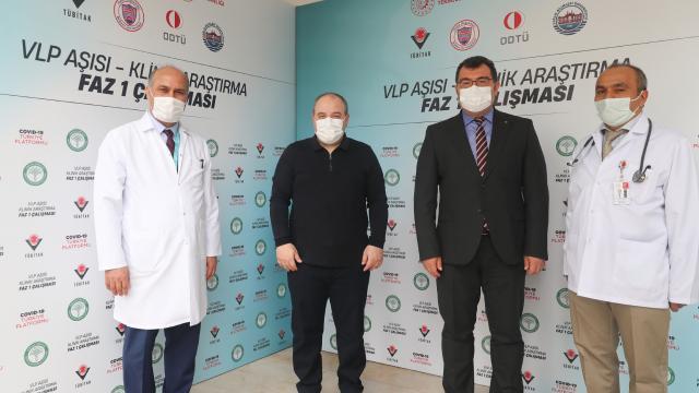 Yerli aşı gönüllüsü Bakan Varank ilk doz aşısını yaptırdı!