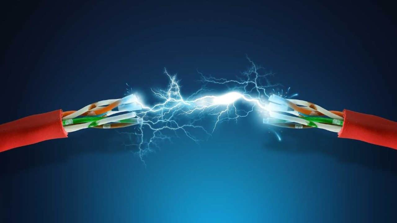 Dikkat! Faturalara yansıyacak: Elektrik şirketlerine 3 milyar lira pandemi yardımı