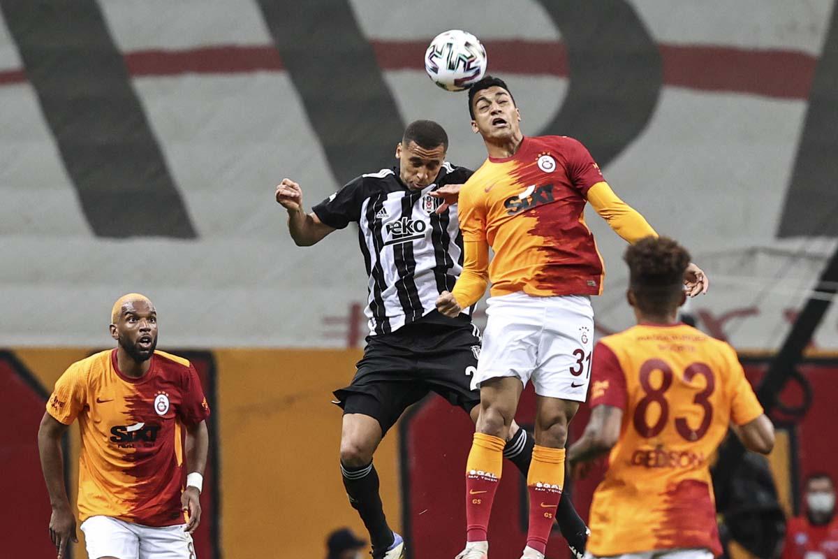 Galatasaray evinde Beşiktaş'ı parçaladı!