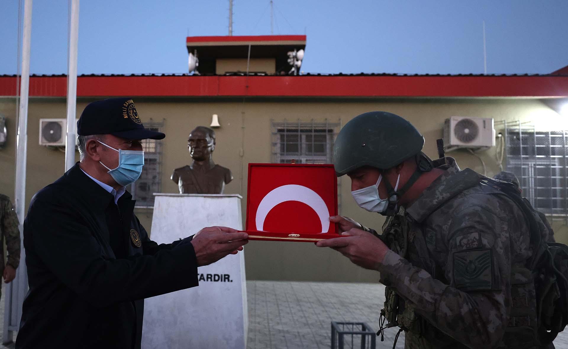 Bakan Akar açıkladı: 1 Ocak'tan bu yana 1056 terörist etkisiz hale getirildi