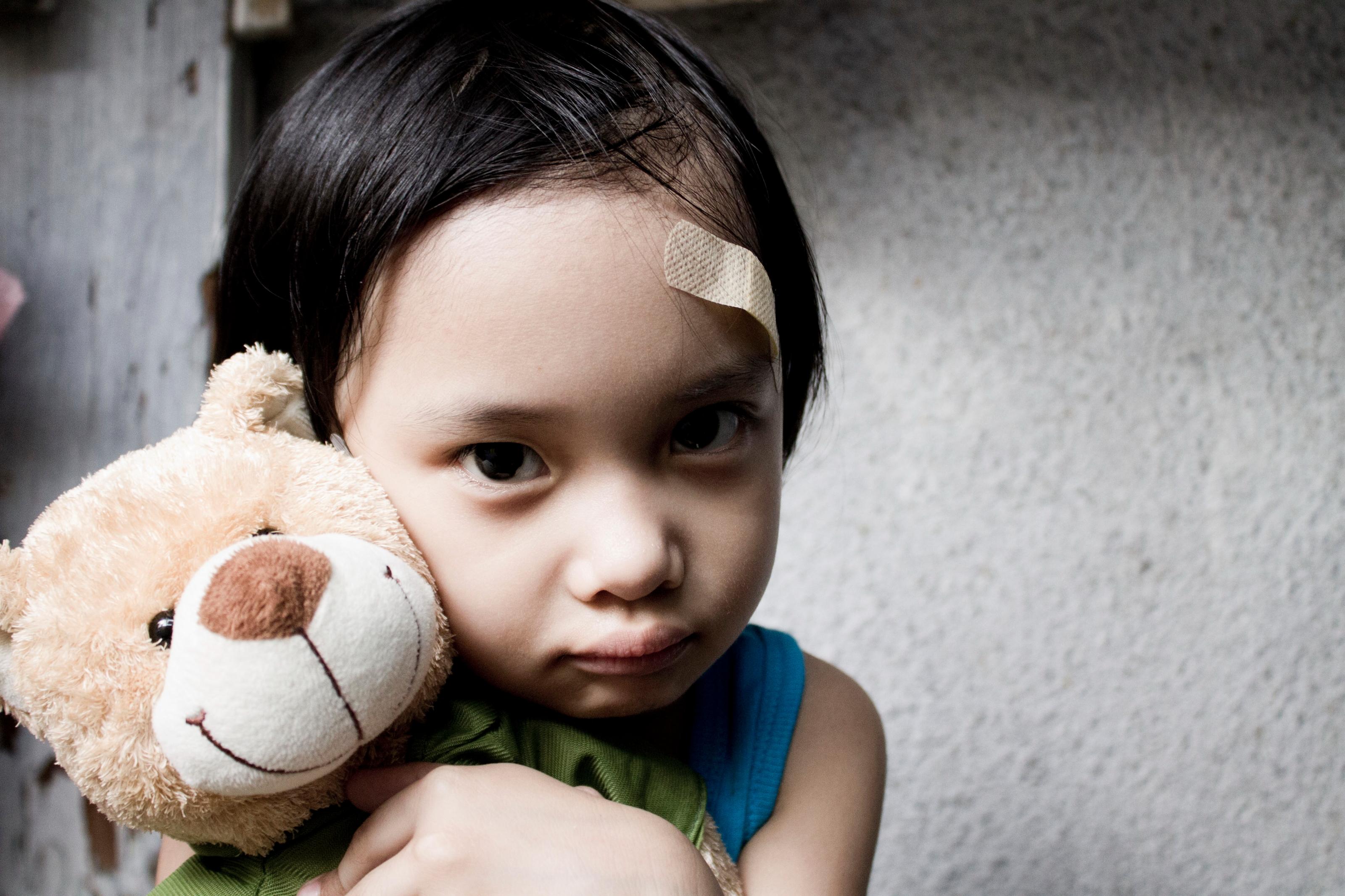 13 yaşındaki kız çocuğunun sodasına uyku ilacı attı! Sonrası rezillik... Mahkemenin verdiği karar vicdan sızlattı!