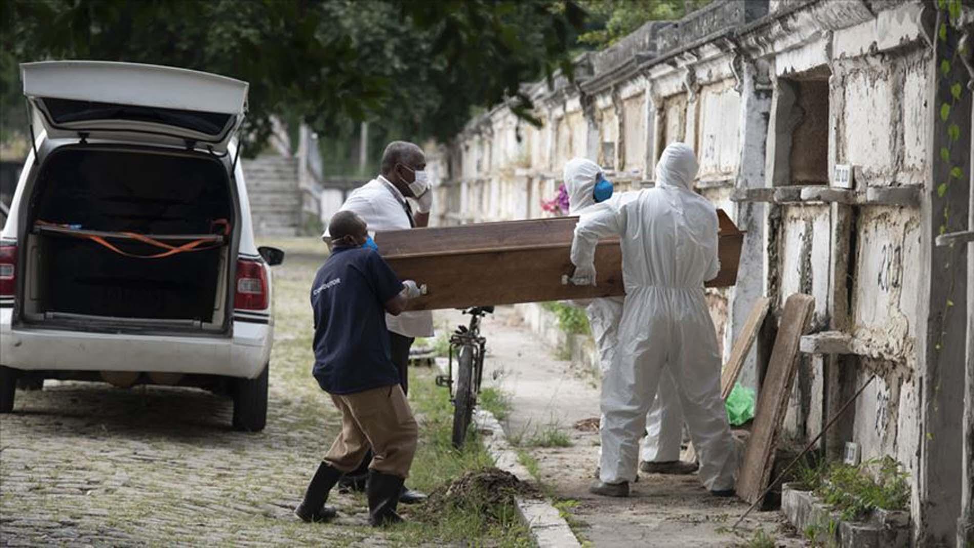 Sağlık Bakanlığı koronavirüs salgının acı bilançosunu bakanlık açıkladı! Brezilya'da yarım milyon insanı hayatını kaybetti
