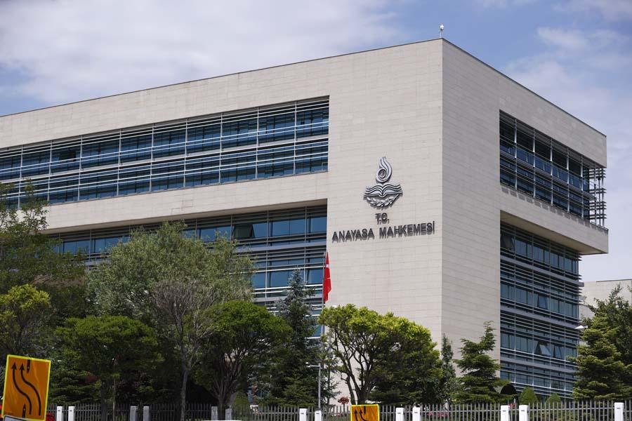 SON DAKİKA! HDP'nin kapatılması davasında flaş gelişme: Anayasa Mahkemesi iddianameyi kabul etti!