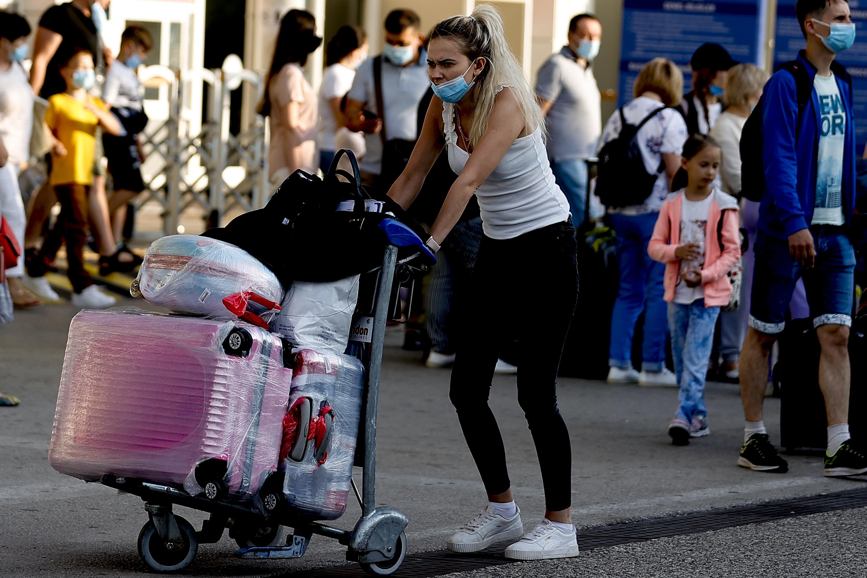 Yasak kalktı, Ruslar soluğu Türkiyede aldı! Turizmde beklenen an! Rusyadan ilk turist kafilesi