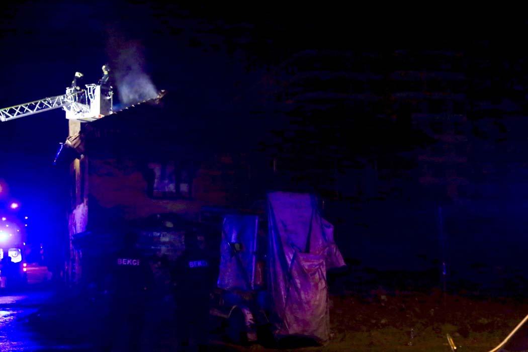 Konya'da 2 katlı ev alev alev yandı: 3 çocuk feci şekilde can verdi!