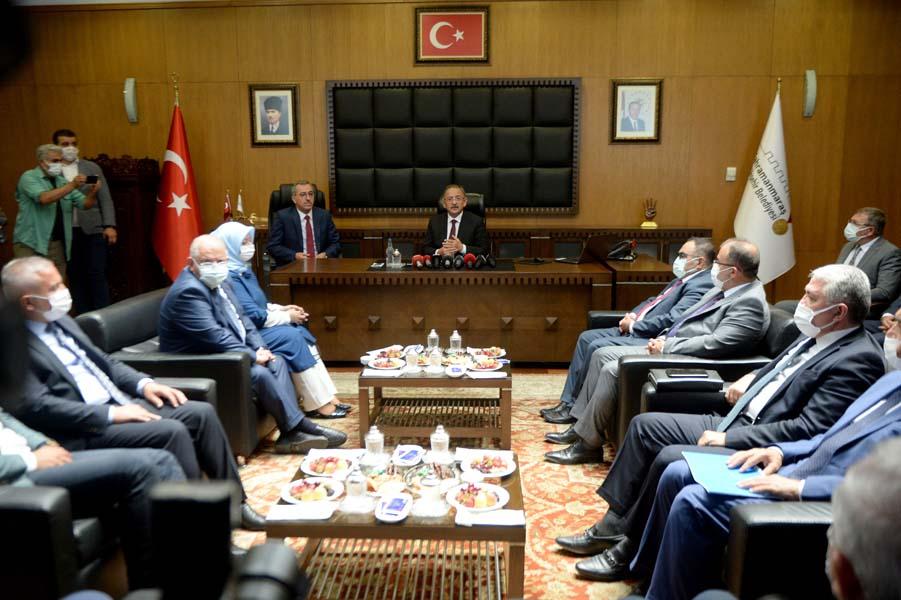AK Parti Genel Başkan Yardımcısı Mehmet Özhaseki: Millet yanlış kanaate kapıldı, yüzde 45 oyumuz var!