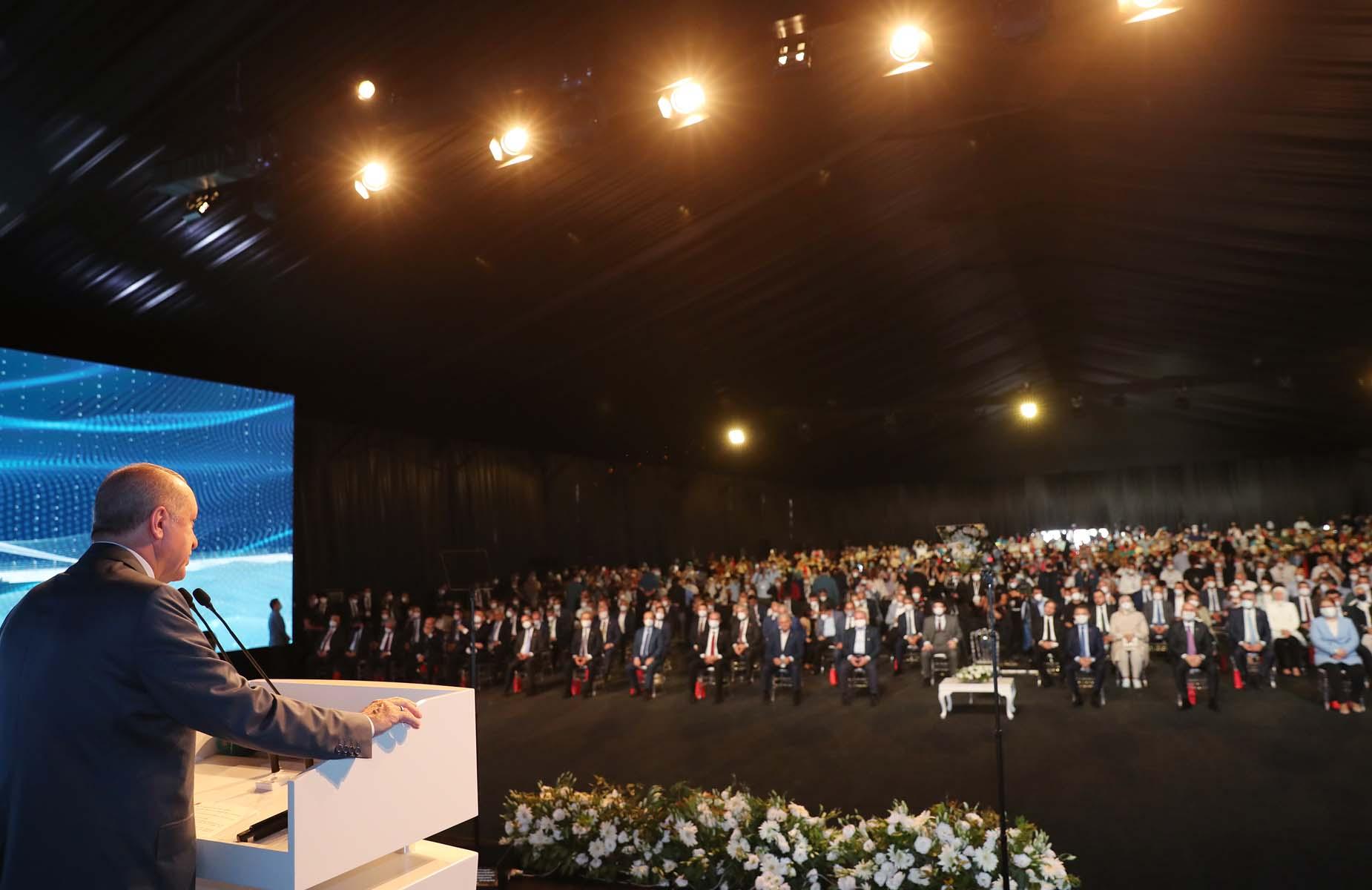 Kanal İstanbul Projesinde ilk temel atıldı! Cumhurbaşkanı Erdoğan'dan flaş açıklamalar...