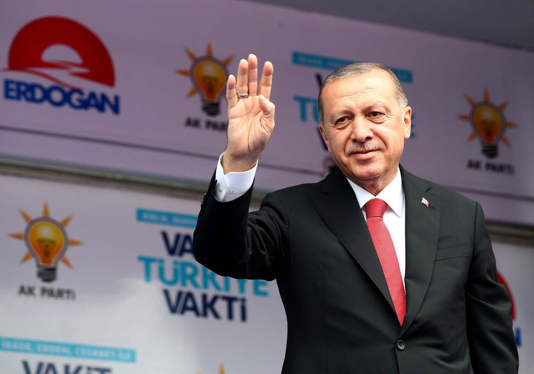 AK Parti 2023 seçimleri için stratejisini belirledi: Genç nüfusun oyları için özel çalışma yapılacak