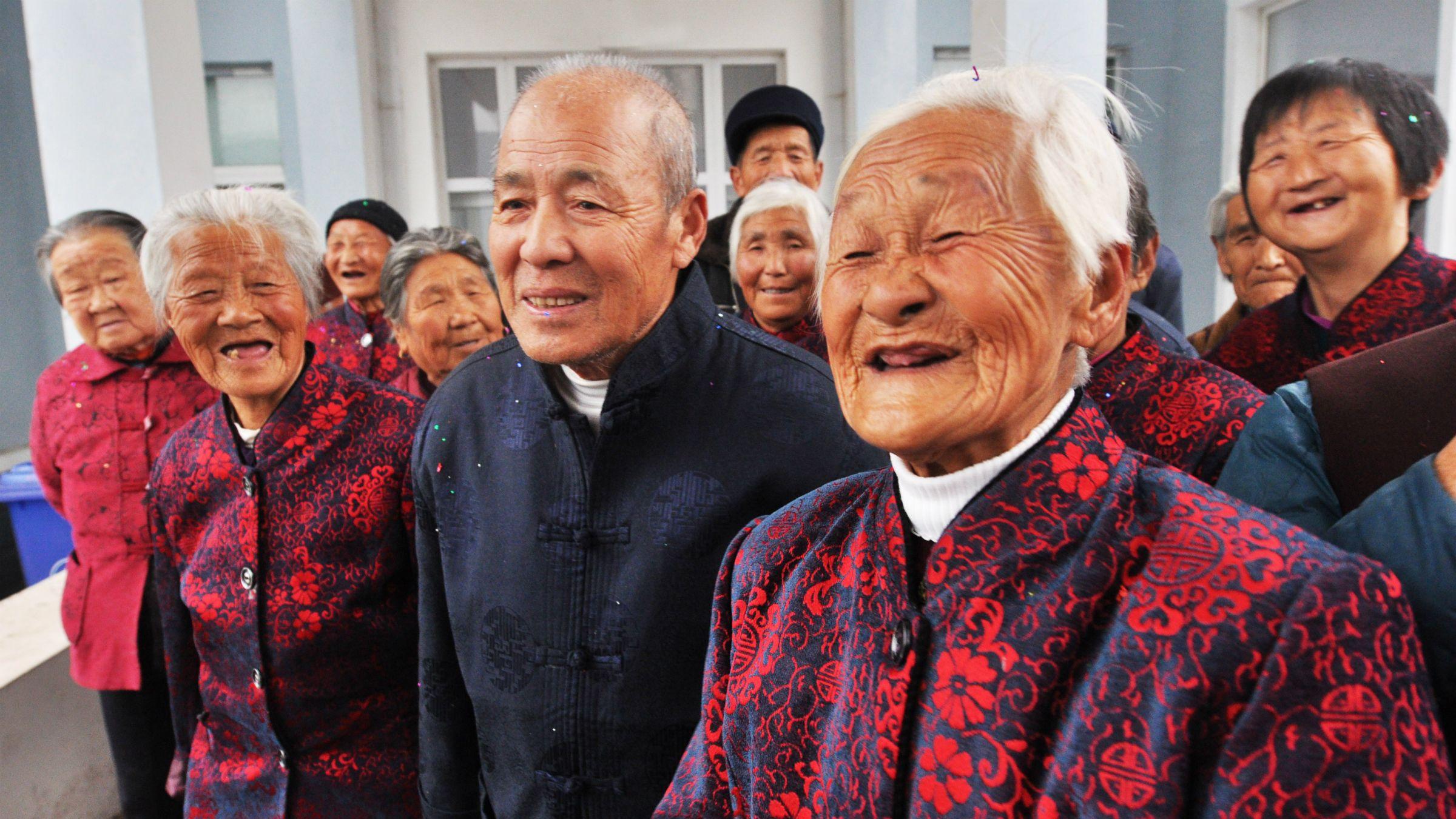 Nüfus azalıyor Çin diken üstünde