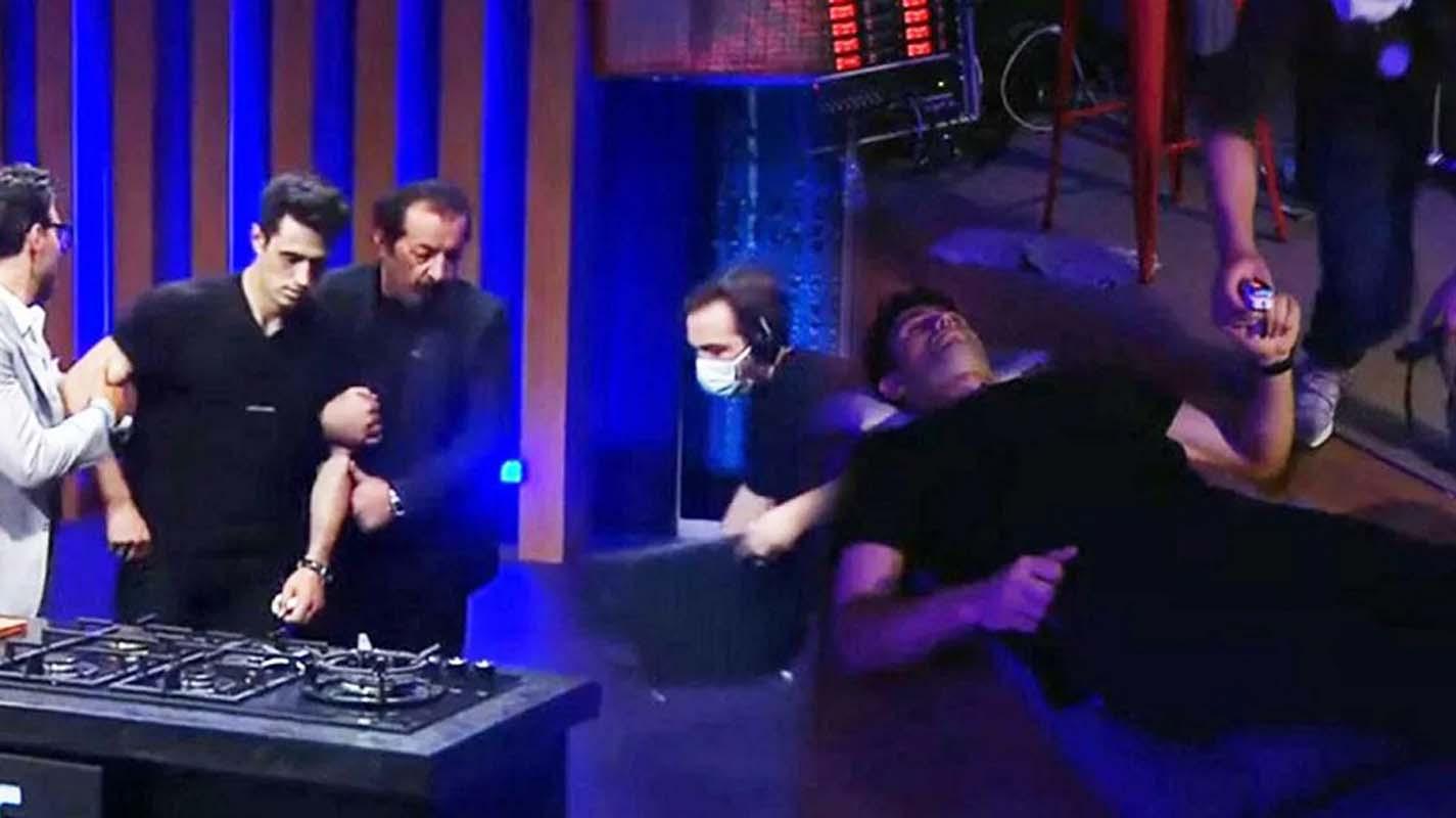 MasterChef yarışmacısı korkuttu! Fenalaşıp bir anda yere düştü! Şefler şaşkına uğradı