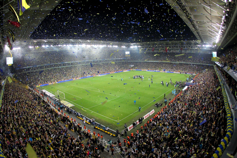 Son dakika: Yeni sezonda futbol maçları seyircili oynanacak mı? Spor müsabakalarına taraftar alınacak mı 2021?