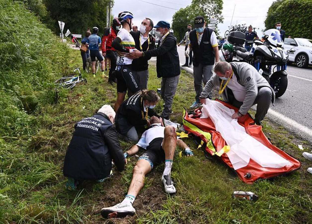 Fransa bisiklet turundaki kazaya neden olan kadın tutuklandı!