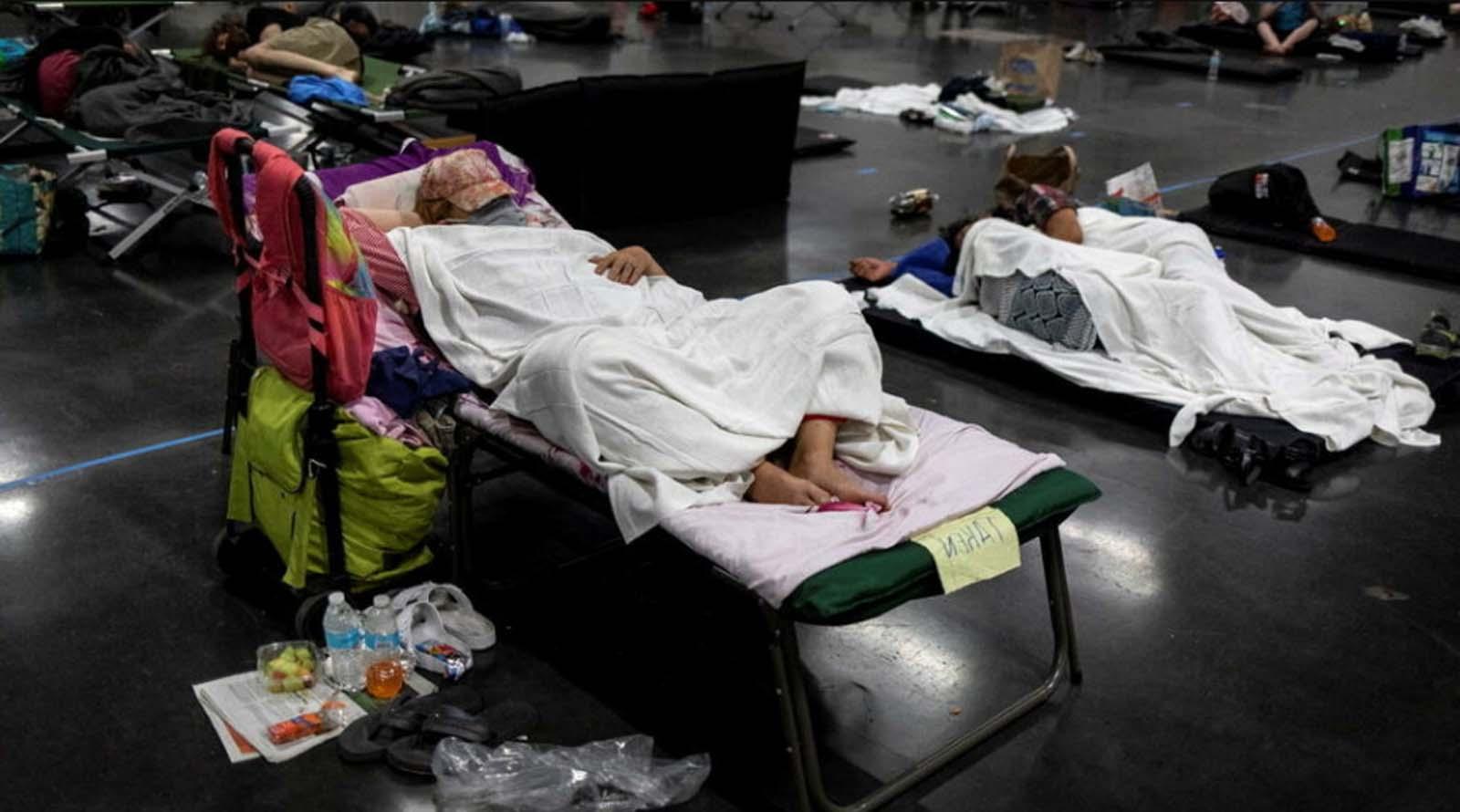 Sıcak havalar yüzünden 233 kişi hayatını kaybetti!