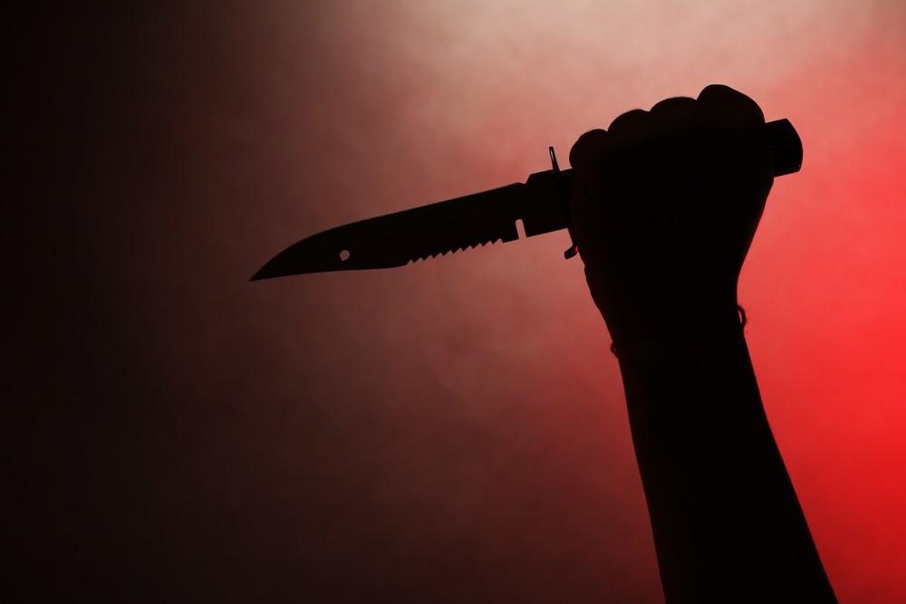 Eşlerin tartışması kanlı bitti! Gözü dönen kadın mutfaktan kaptığı bıçağı, kocasını göğsüne sapladı