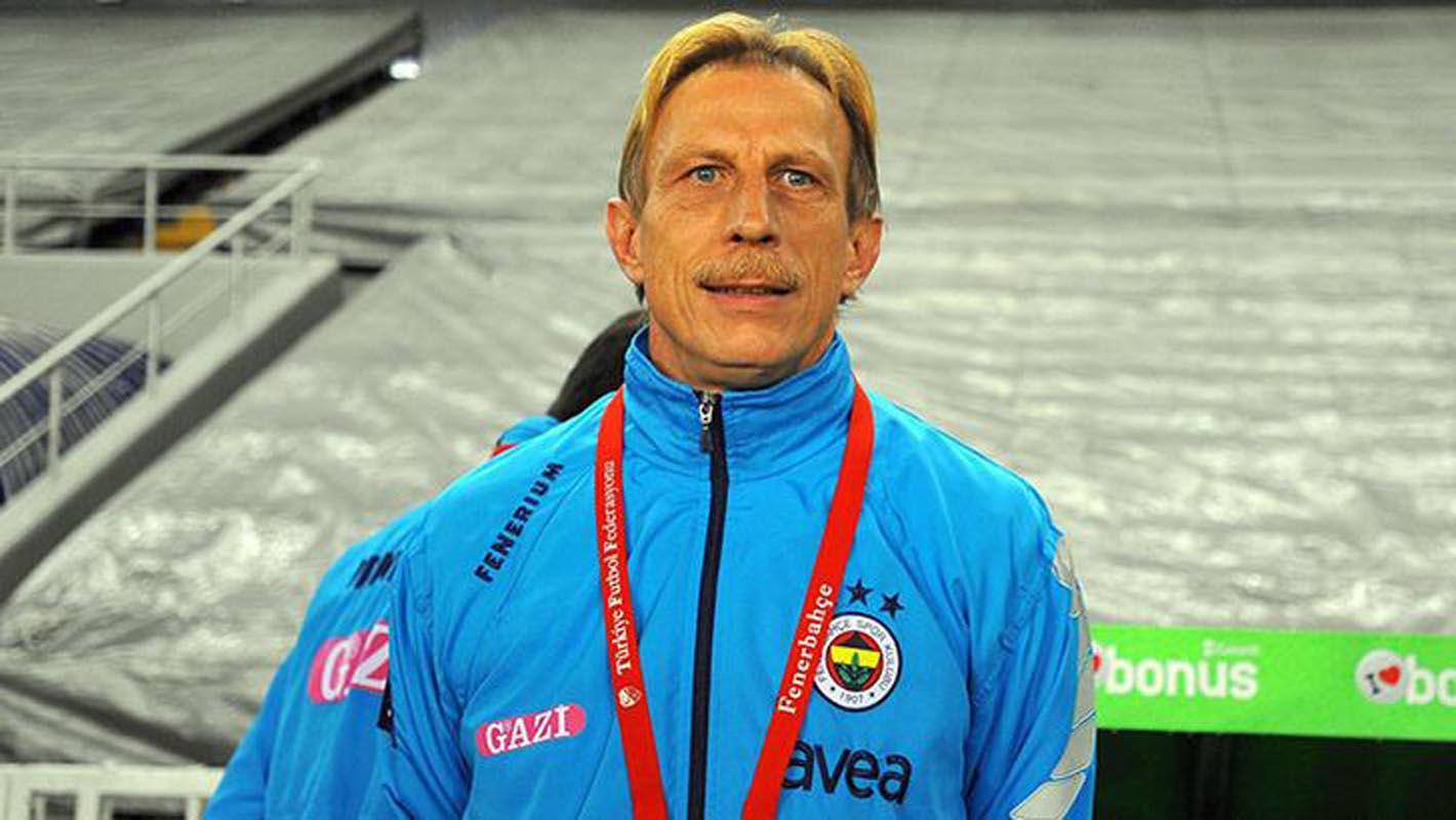 Fenerbahçe'de ibre yeniden Christoph Daum'a dönüyor!