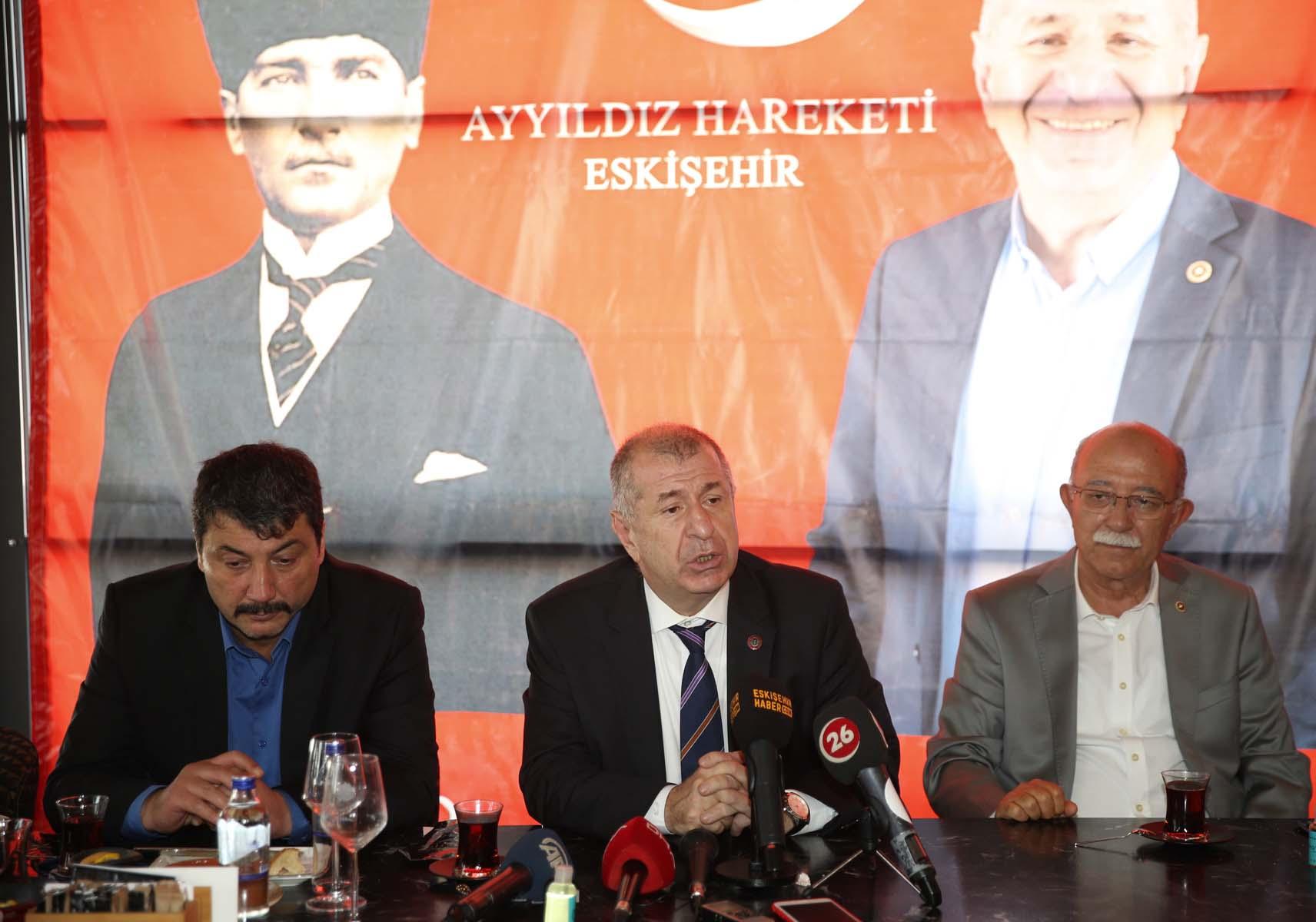 Ümit Özdağ açıkladı! Türk siyasetine yeni bir parti geliyor! Kuruluş tarihi belli oldu