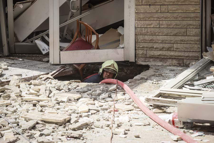 Ankara'da tüp patladı: Binaların camları kırıldı, 2 kişi yaralandı!