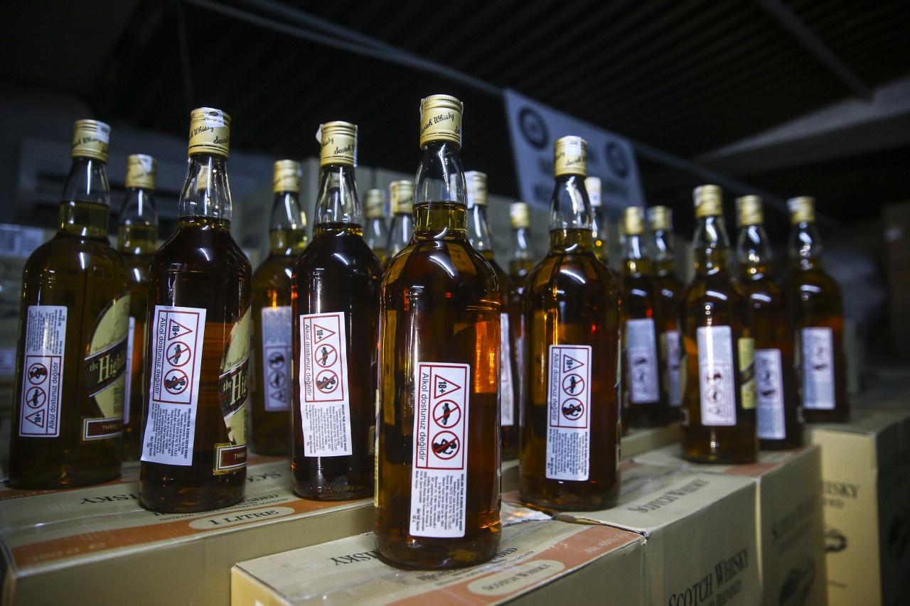 Bir kayıp daha: Sahte içkiden ölenlerin sayısı 10'a yükseldi!