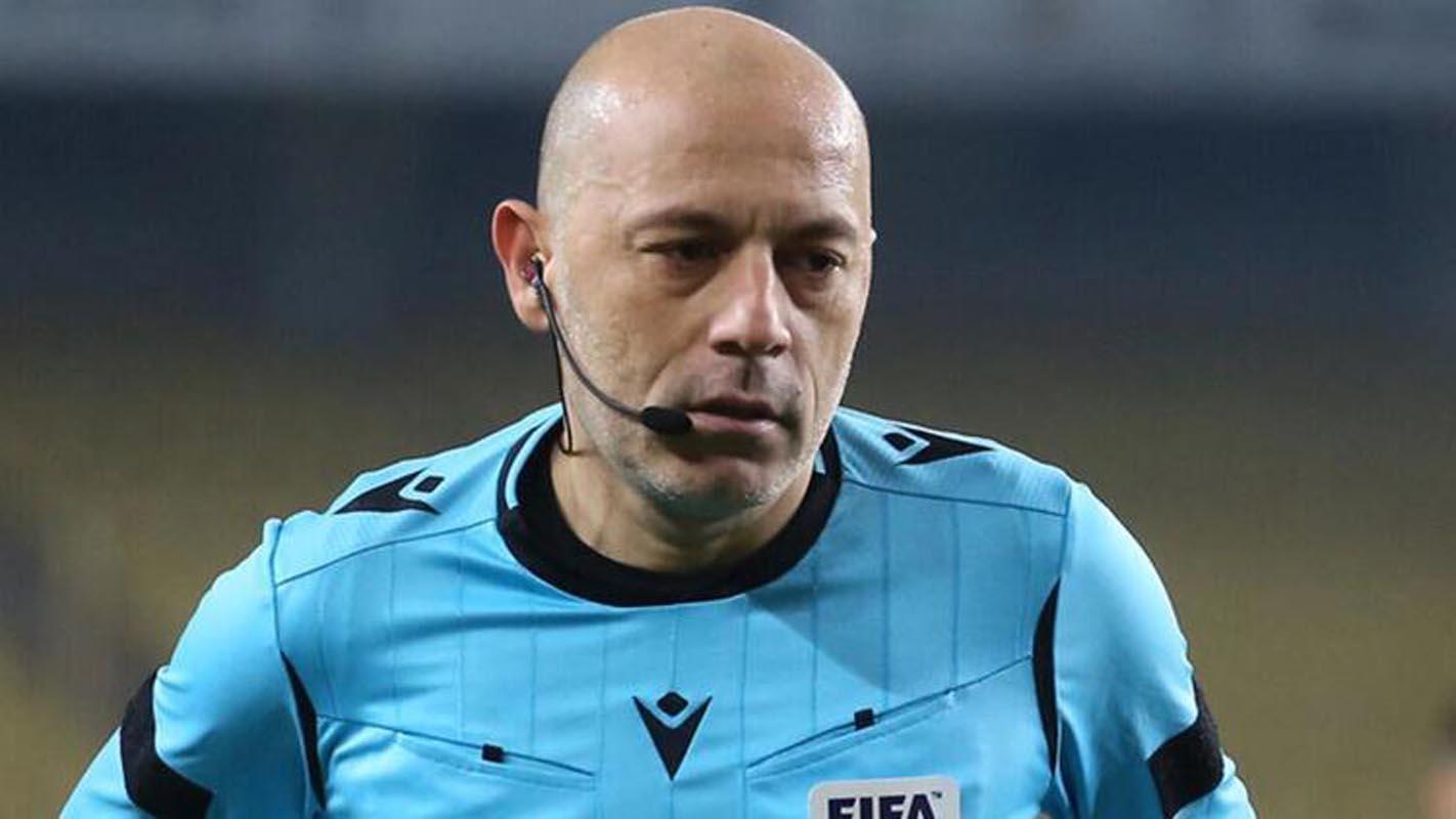 UEFA Cüneyt Çakır'ı geri gönderdi!