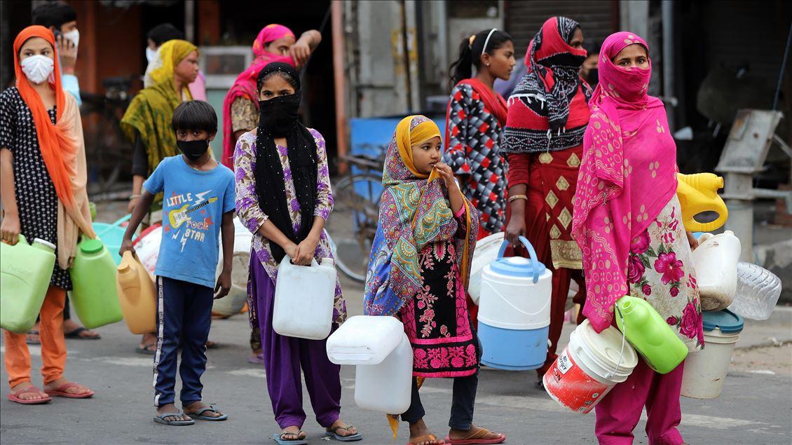 Dünya bu haberle çalkalanıyor! Hindistanda aşı skandalı! Covid-19 aşısı yerine tuzlu su enjekte ettiler