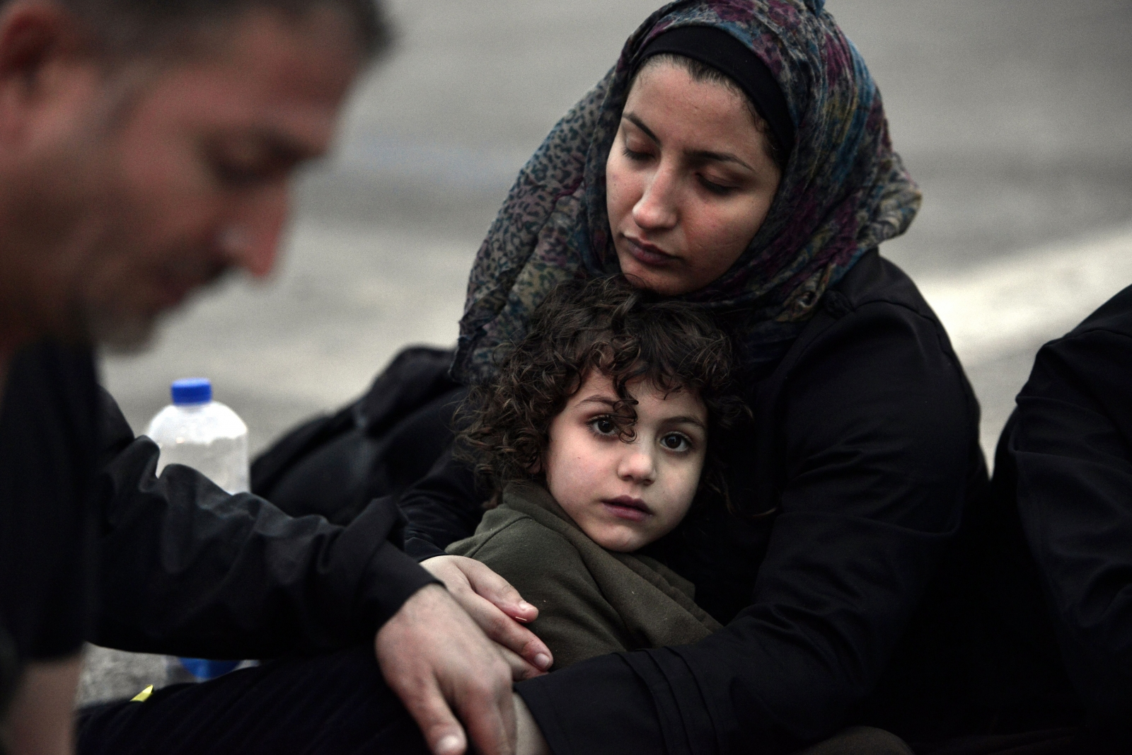 Suriye'de TSK'nın ambulansına saldırı! Keskin nişancı teröristler ateş açtı! Hasta bebek ve annesinden ne istediniz?