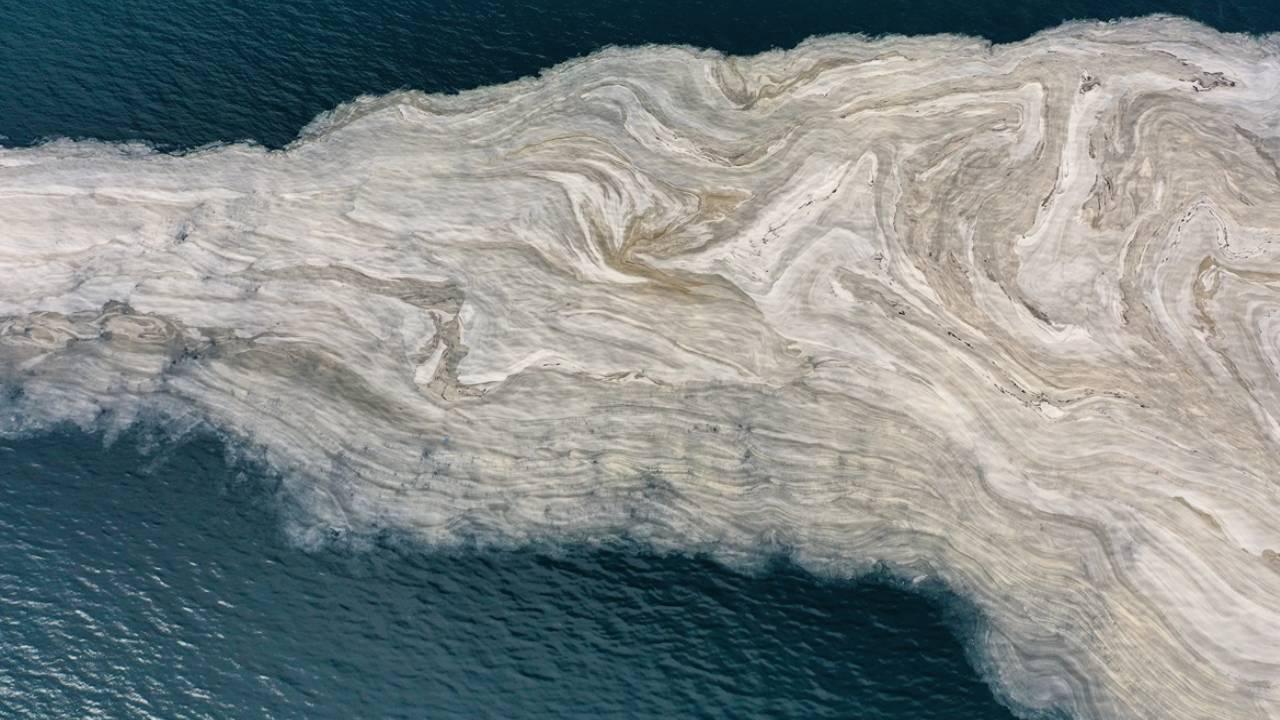 Uzman isim açıkladı: Deniz yüzeyinde müsilaj azaldı ama denizin derinliklerinde tehlike devam ediyor