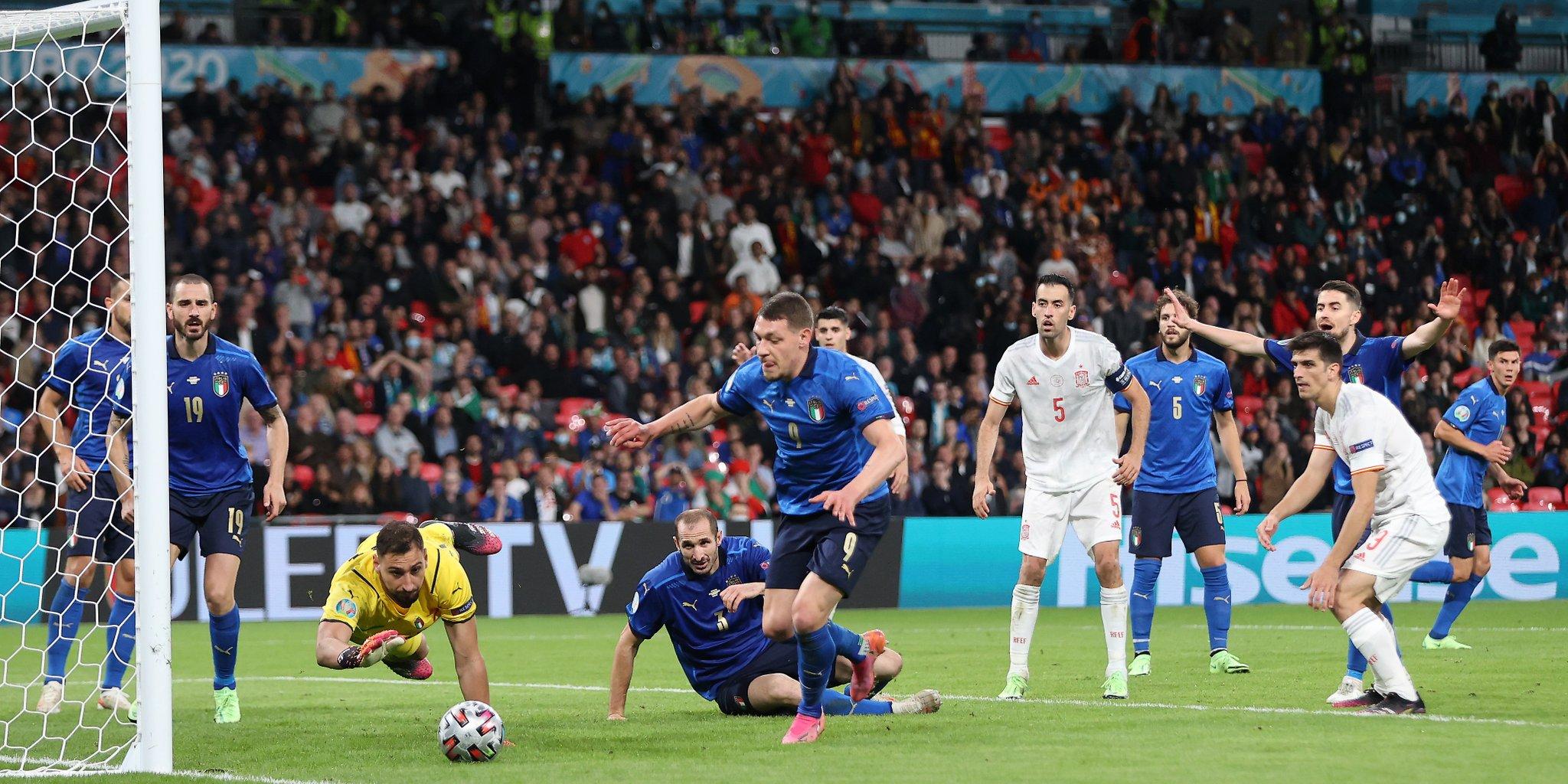 EURO 2020 yarı final: İtalya 1-1 İspanya maç özeti izle   İtalya penaltı atışları sonucunda EURO 2020'de finale yükseldi.