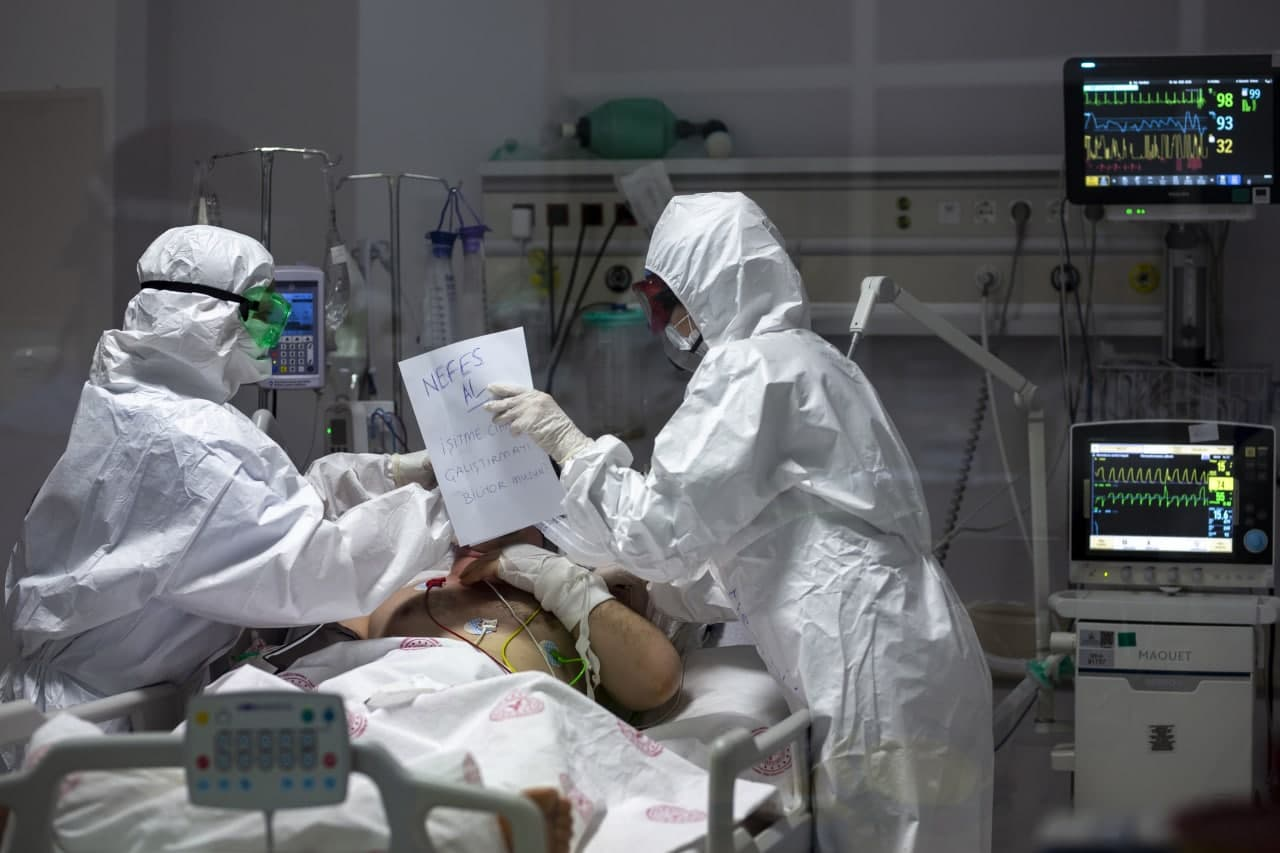 11 bin hastada denenendi! Ağır Kovid vakaları için DSÖ'de güzel haber: Hayat kurtaran ilaç keşfedildi!