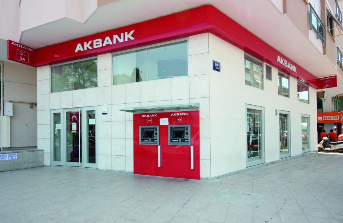 Akbank ne zaman, saat kaçta açılacak?   Akbank çalışma saatleri 2021