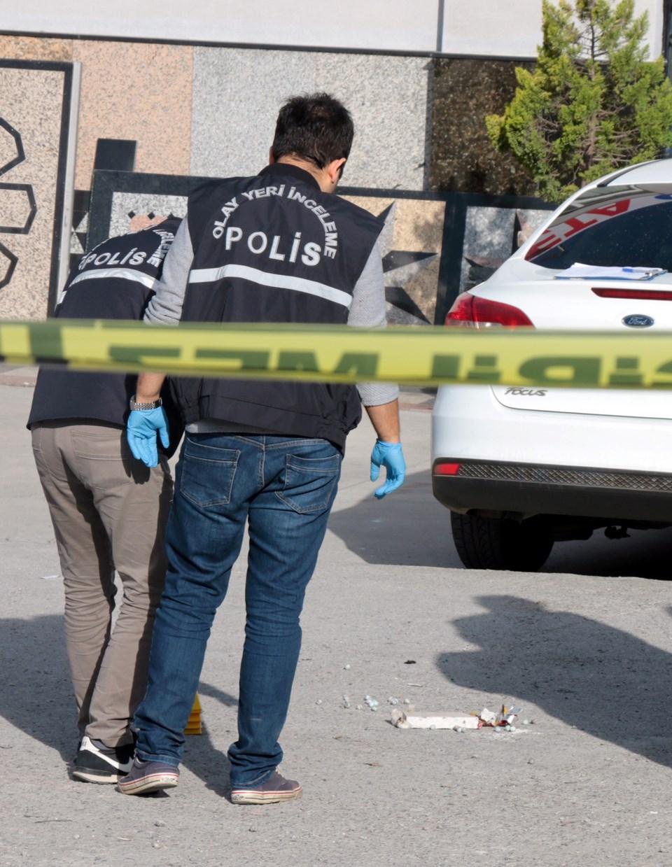 Yalova'da emekli albay dehşet saçtı! Gürültü yüzünden tartıştığı komşusunu öldürdü, biri bekçi iki kişiyi yaralayıp intihar etti!