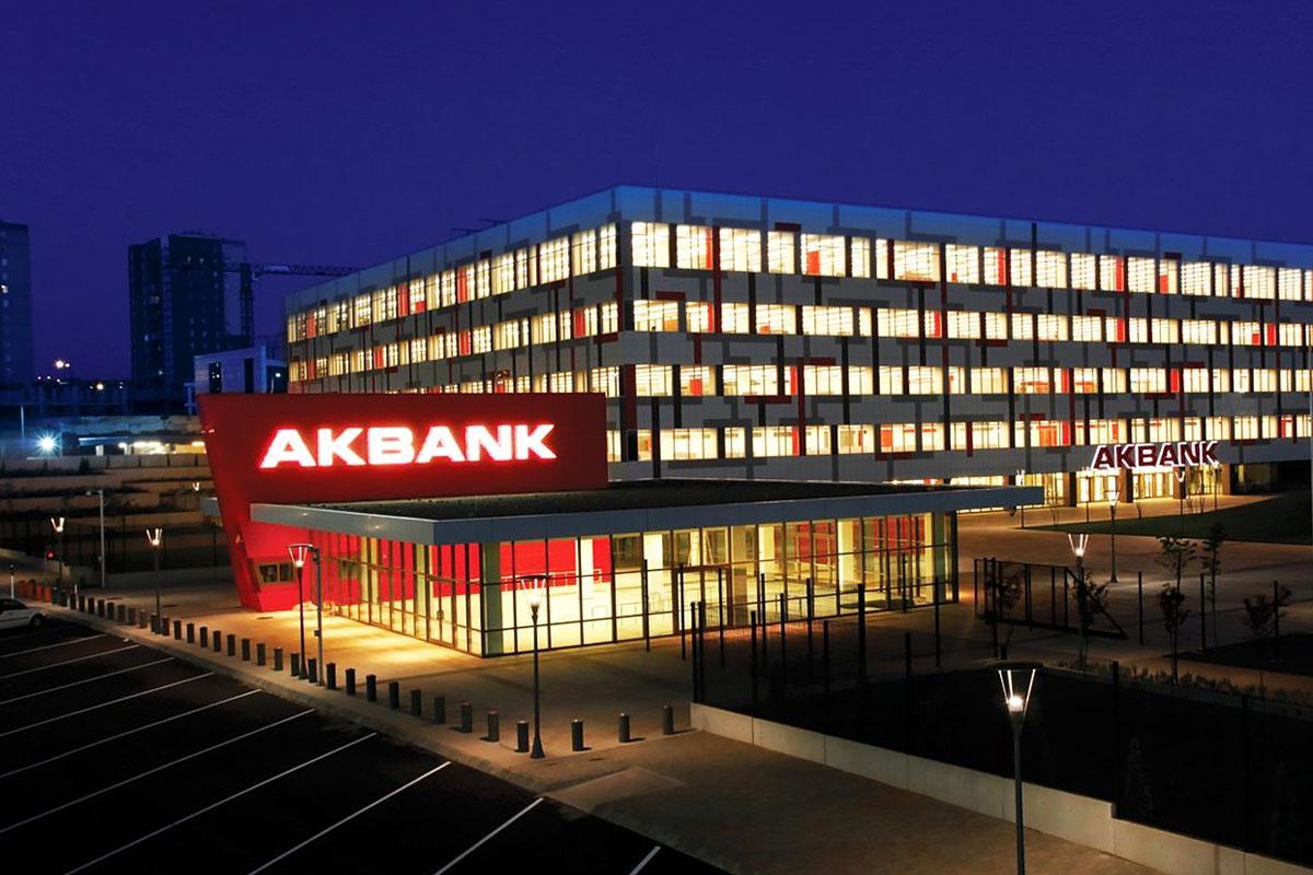 SON DAKİKA! Akbank'tan beklenen açıklama geldi! Siber saldırı mı oldu? Müşterilerin bilgileri çalındı mı? Hakan Binbaşgil yanıtladı!