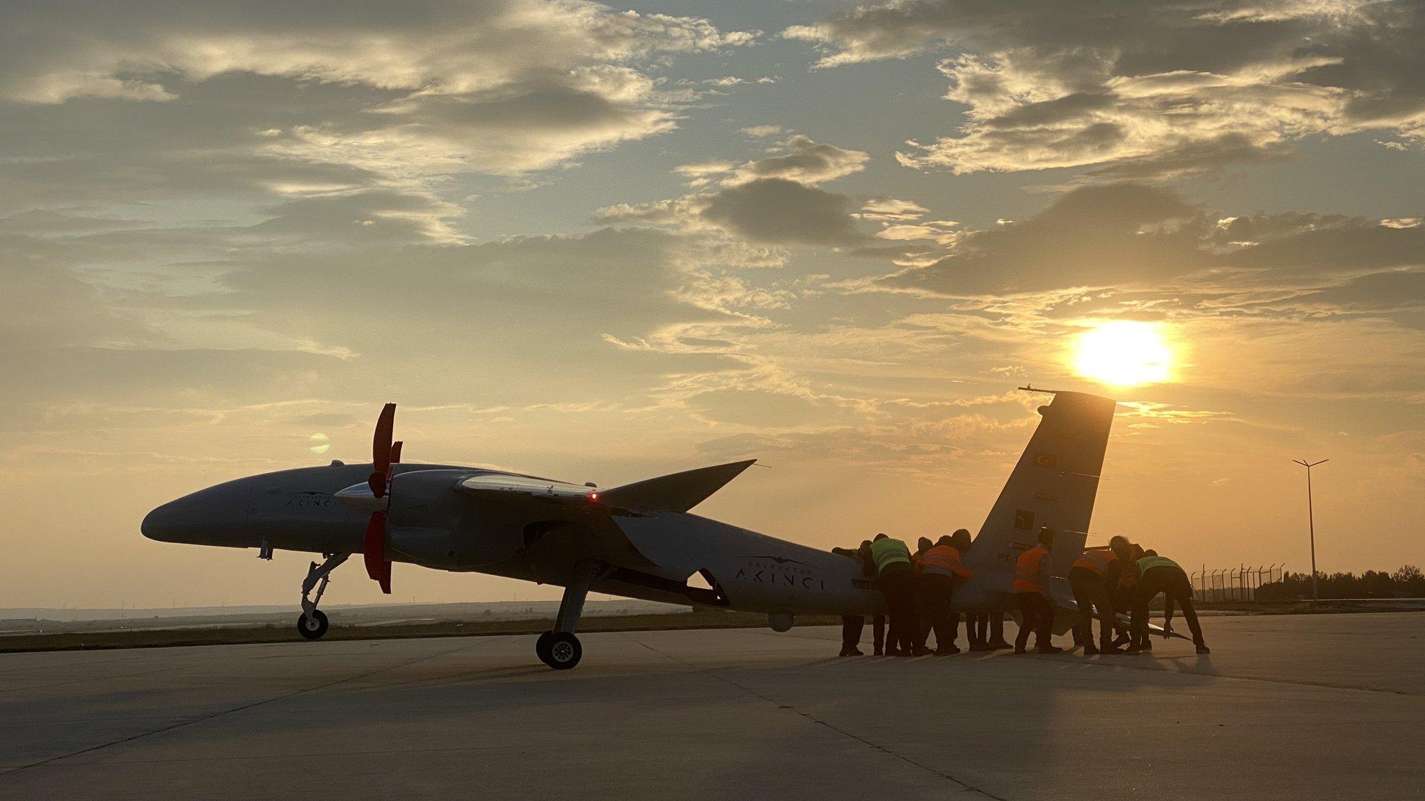 Bayraktar AKINCI TİHA irtifa rekoru kırdı! Türk havacılık tarihine geçti