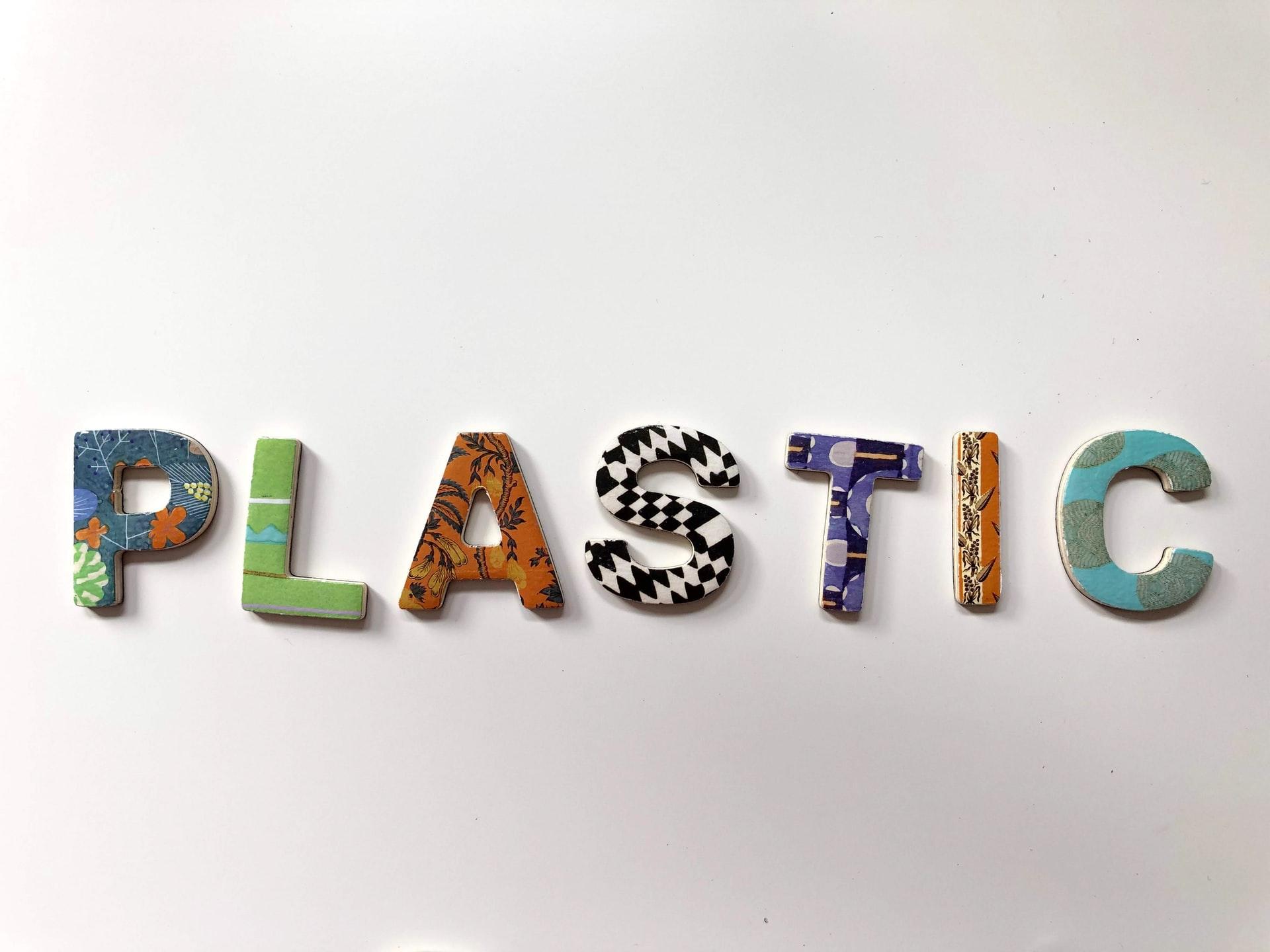 Plastik ithalatına gelen yasak kalkıyor: Sıkı denetimlerle yeniden başlayacak!