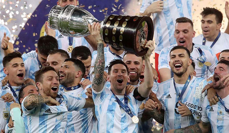 Messi'li Arjantin'in 28 yıllık hasreti sona erdi! Copa America şampiyonu oldu... Halk sokaklara döküldü
