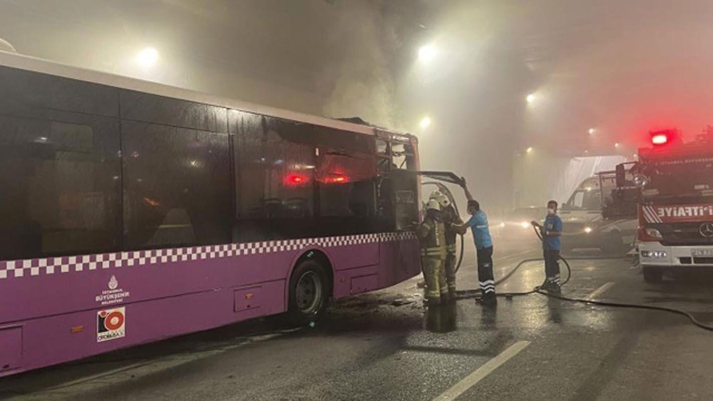 Taksim tünelinde otobüs yangını!