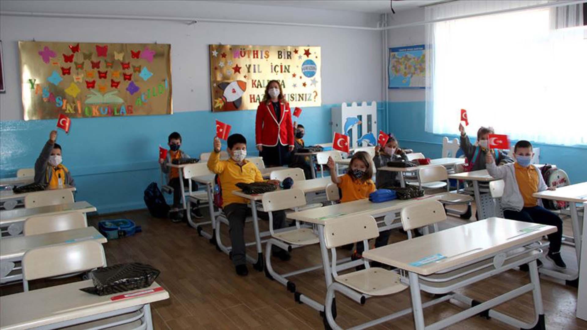 Milli Eğitim Bakanı Selçuk son noktayı koydu! Okulların açılacağı tarih belli oldu