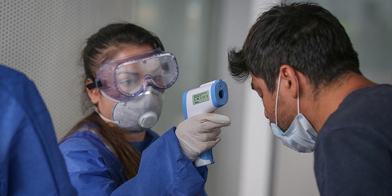 Bizim gözümüz Delta'dayken o sinsice yayılmış! Koronavirüste tehlikenin yeni adı Beta varyantı!