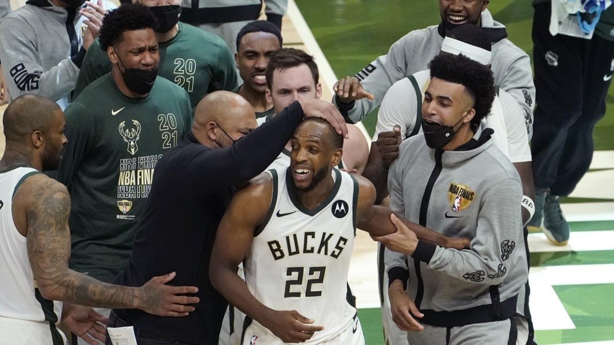 SON DAKİKA! NBA 2021 şampiyonu belli oldu: Kupayı Milwaukee Bucks kaldırdı!