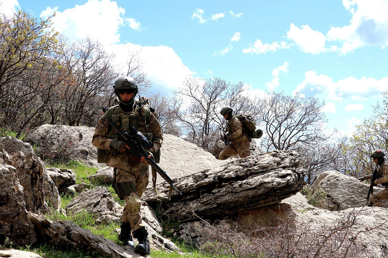SON DAKİKA   MSB: Askerlerimizi şehit edenlere misliyle karşılık verildi