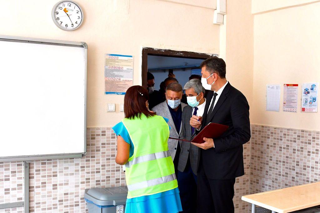 Ziya Selçuk net konuştu: Okullar 6 Eylül'de açılacak, yüz yüze eğitim ertelenmeyecek!