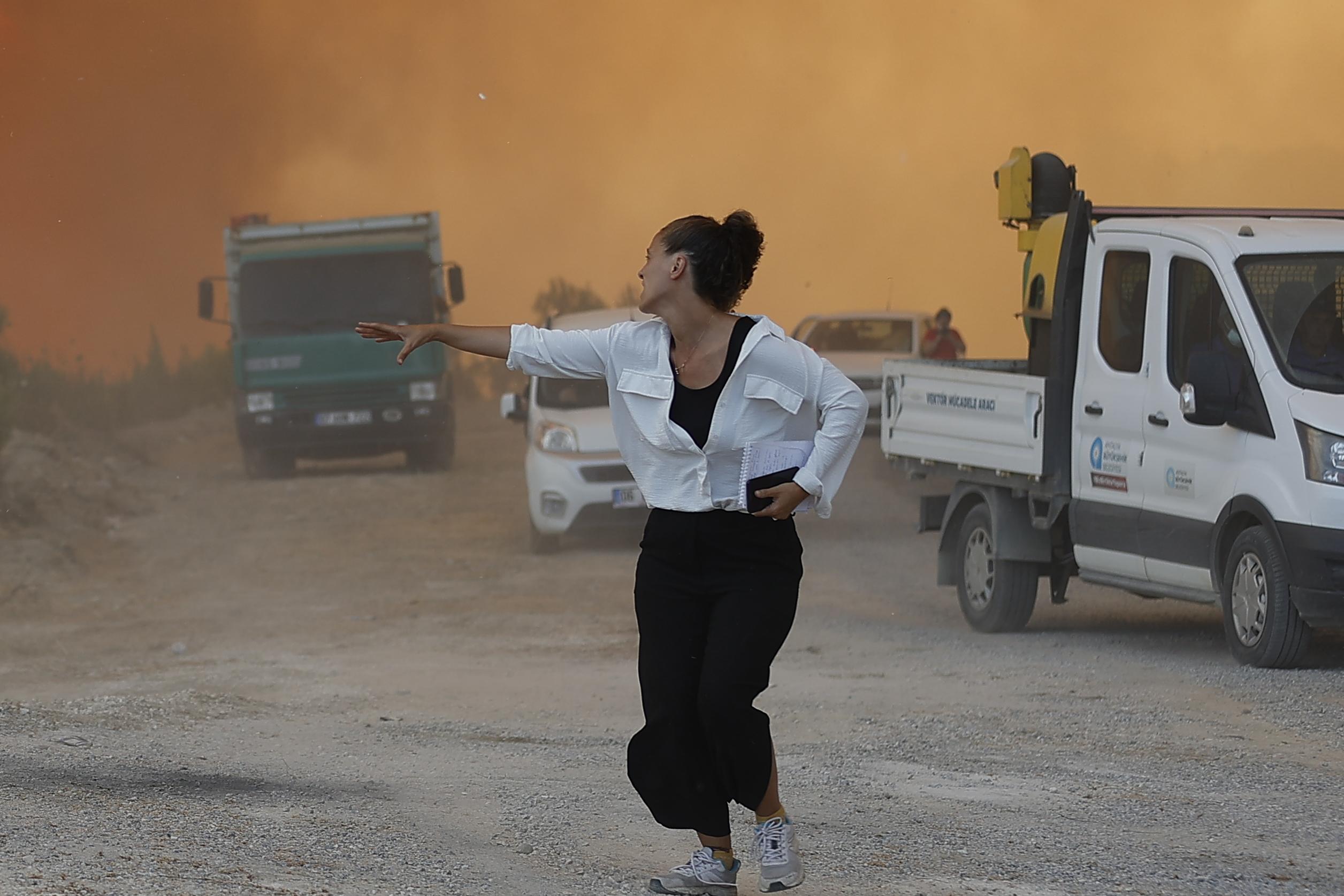 Manavgat'taki orman yangınından 1 acı haber daha! Kamyonuyla su taşıyordu...