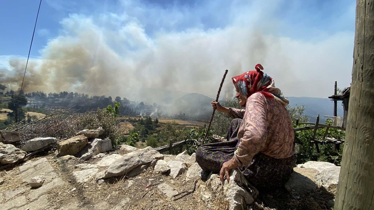 Devam eden kaç orman yangını var? Kaçı kontrol altına alındı? Tarım ve Orman Bakanı Bekir Pakdemirli yanıtladı