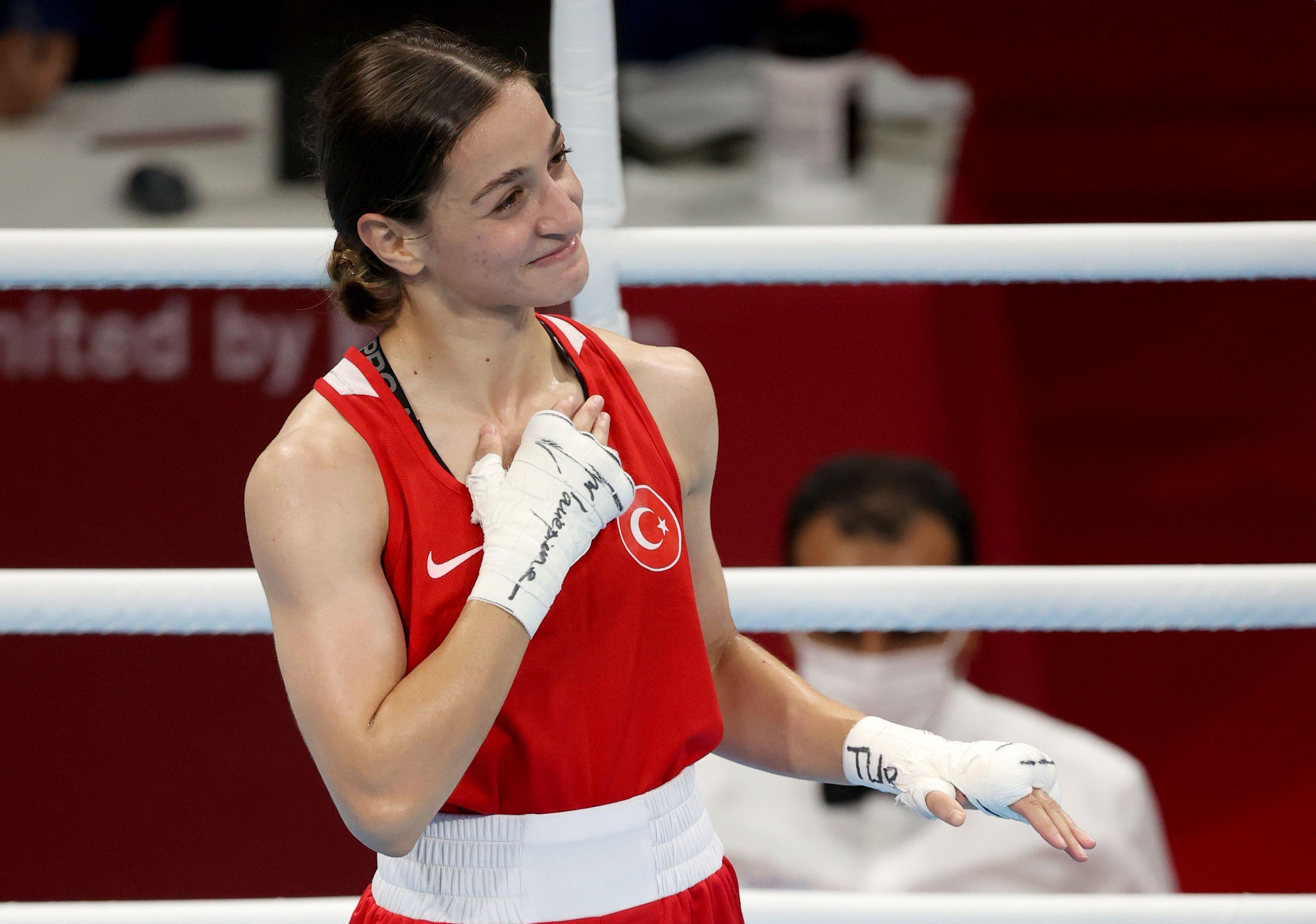 SON DAKİKA | 2020 Tokyo Olimpiyat Oyunları'nda Buse Naz Çakıroğlu boksta finale yükseldi!