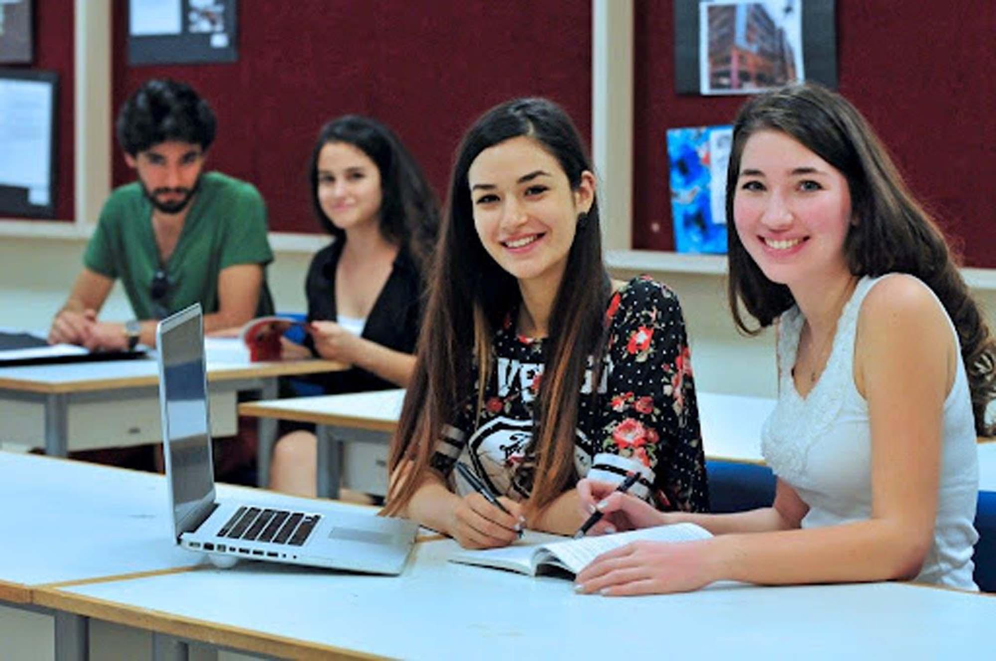 Üniversite kayıtları için gerekli belgeler neler? ÖSYM ile 2021 Üniversite kaydı için gereken belgeler ve evraklar nedir?