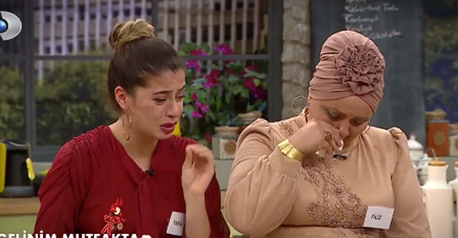 Gelinim Mutfakta'da gözyaşları sel oldu! Yaren'in kayınvalidesi Filiz Hanım anlattıklarıyla Demet Akalın'ı bile ağlattı!