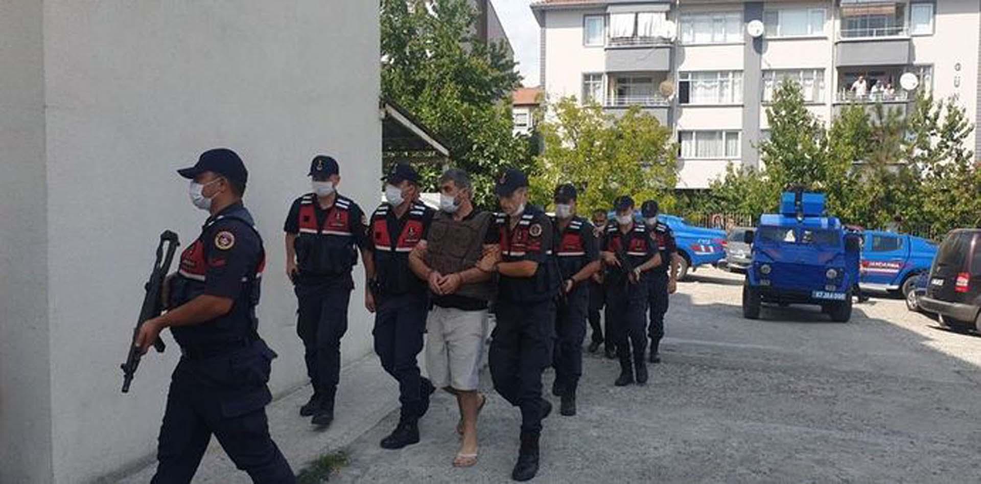 Zonguldak'ta öldürülen Soner - Salim Çatma cinayetinde çarpıcı gelişme! Ormana gömülmüşlerdi! Kan izlerini kapatmak için duvara sıva çekmişler, eşyaları temizlemişler