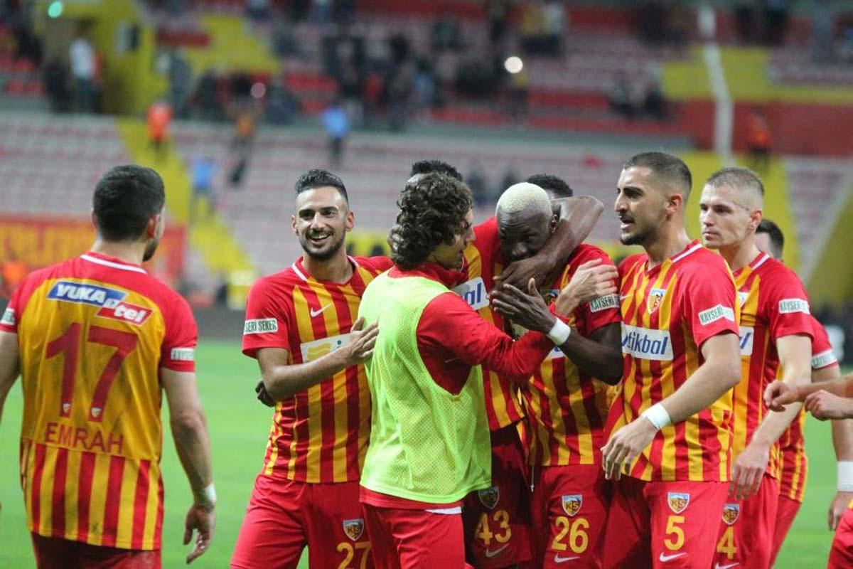 Kayserispor 3-0 Galatasaray   MAÇ SONUCU